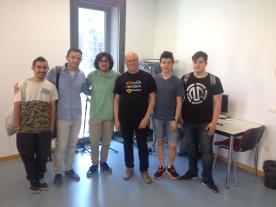 Alumnos con Gregorio Gimenez. Catedrático de Sonología